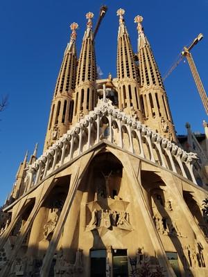 La Sagrada Familia back