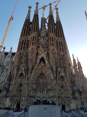 La Sagrada Familia front