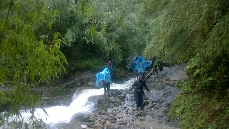Crossing wild rivers