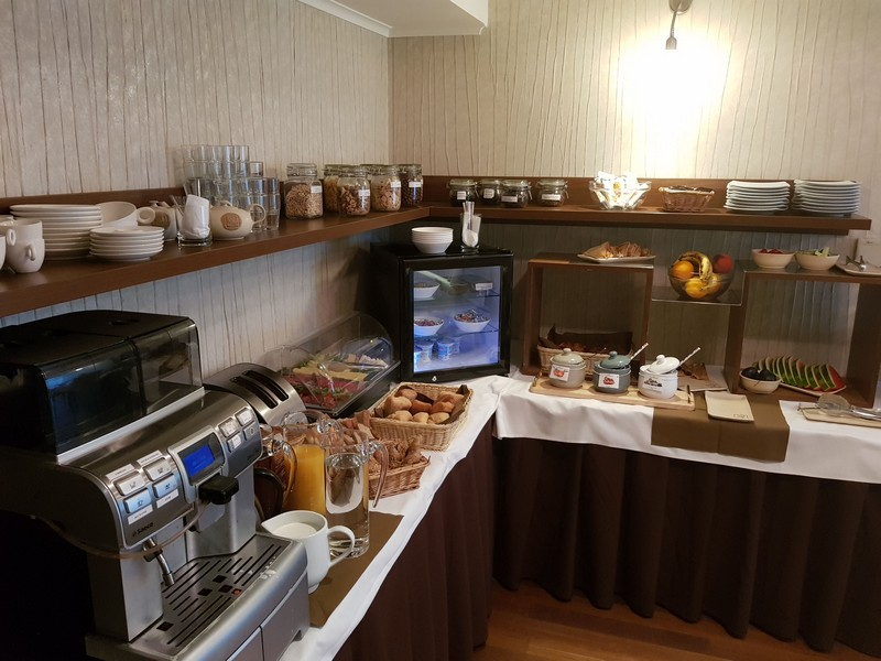 Hotel Mama's extensive breakfast