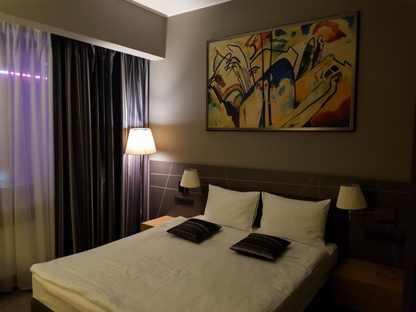 Mercure Kyiv hotel room