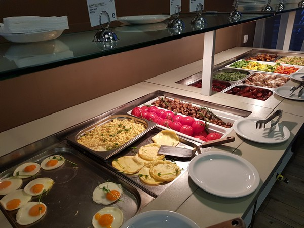 Mercure Kyiv extensive breakfast